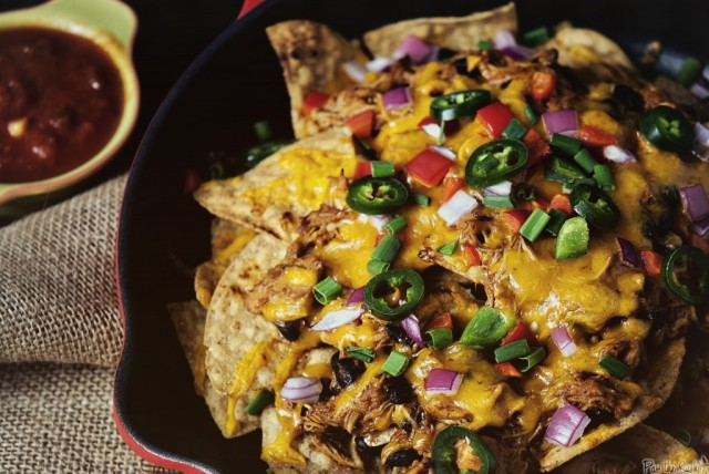 Slow-cooker-chicken-nachos_0156-1024x685