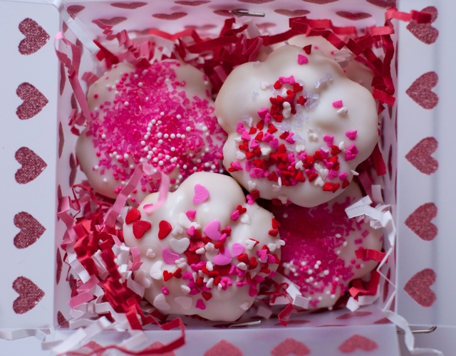 white chocolate spritz valentine cookies